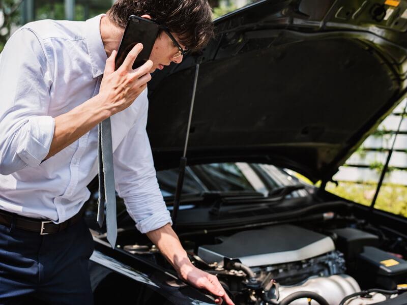 วิธีรับมือรถเสียกลางทาง แก้ปัญหาอย่างไรดี