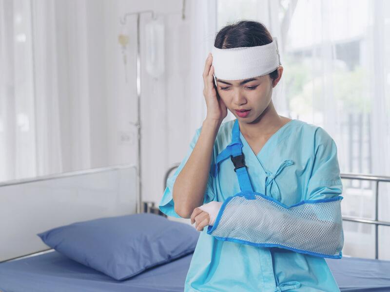 โดนลอบทำร้าย ประกันอุบัติเหตุคุ้มครองไหม