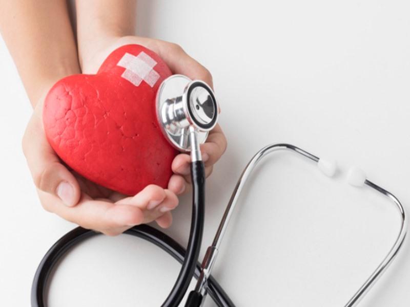 7 อาการเตือนโรคหัวใจ รู้ก่อนรักษาทัน