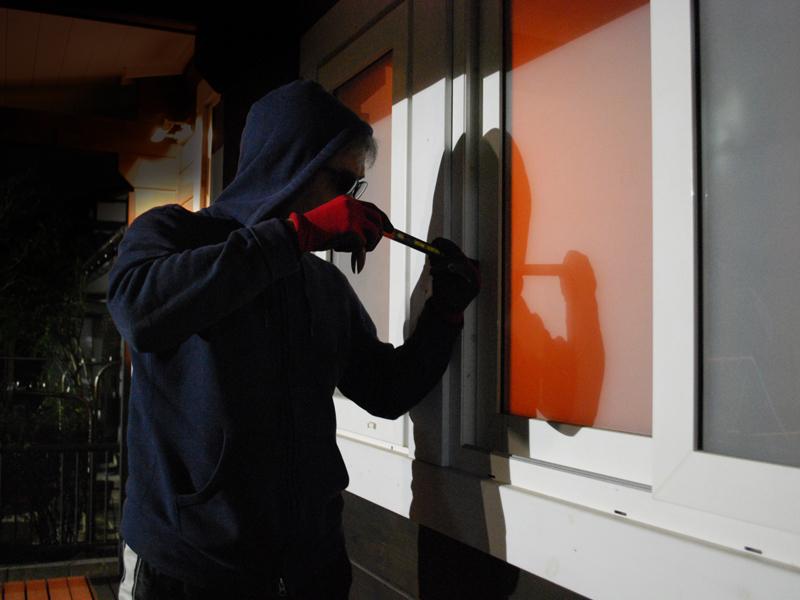 8 วิธีป้องกันขโมยขึ้นบ้าน ปลอดภัยทั้งคนและทรัพย์สิน