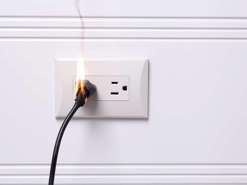 ระวัง ไฟฟ้าลัดวงจร เสี่ยงไฟไหม้บ้าน